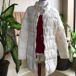 Old Navy off-white puffer jacket